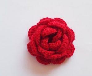 Rosa de Crochê Simples e Estilosa